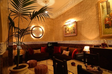 Salon chic et traditionel riad jona Marrakech